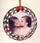 Ceramic Round Ornament with Wreath Decorative Edge